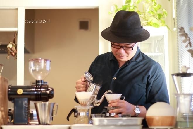KALEIDO COFFEE ROASTERY(カレイドコーヒーロースタリー)~美味しいコーヒーをいただきに~_e0227942_21422416.jpg