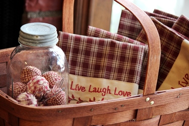 Peterboro の新作バスケットと「Live Laugh Love」_f0161543_16553767.jpg