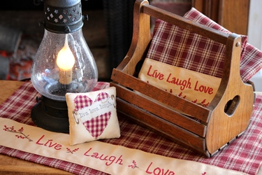 Peterboro の新作バスケットと「Live Laugh Love」_f0161543_16591324.jpg