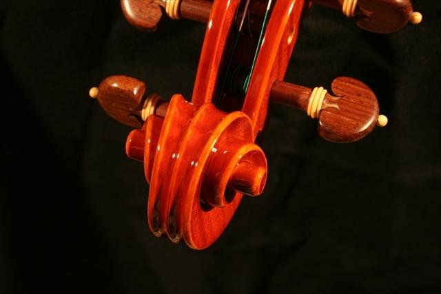 """2007年 ヴァイオリン ガリンベルティ・モデル """"1970""""_a0197551_08052575.jpg"""