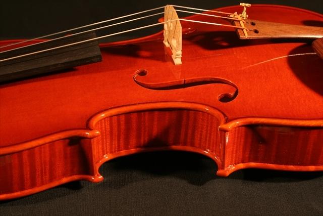 """2007年 ヴァイオリン ガリンベルティ・モデル """"1970""""_a0197551_08054801.jpg"""