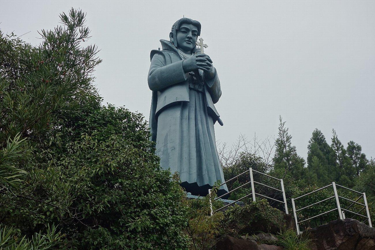 藍のあまくさ村「日本一大きな天草四郎像」_c0112559_08243145.jpg