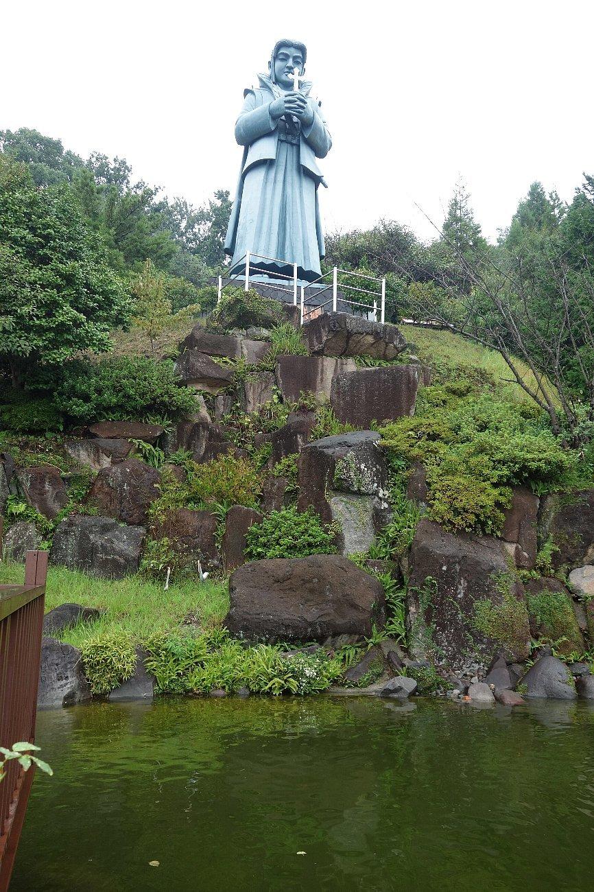 藍のあまくさ村「日本一大きな天草四郎像」_c0112559_08253707.jpg
