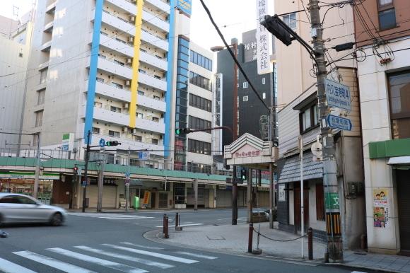 まっちゃまちのふくいたや、にーんぎょとゆーいの (大阪市)_c0001670_20583826.jpg
