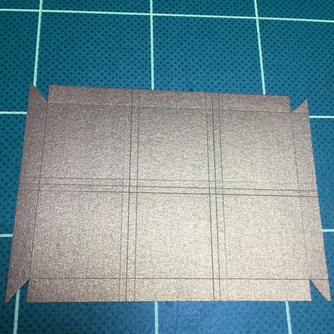 刺繍チョコの紙箱を作ろう🎵_e0385587_05311045.jpeg