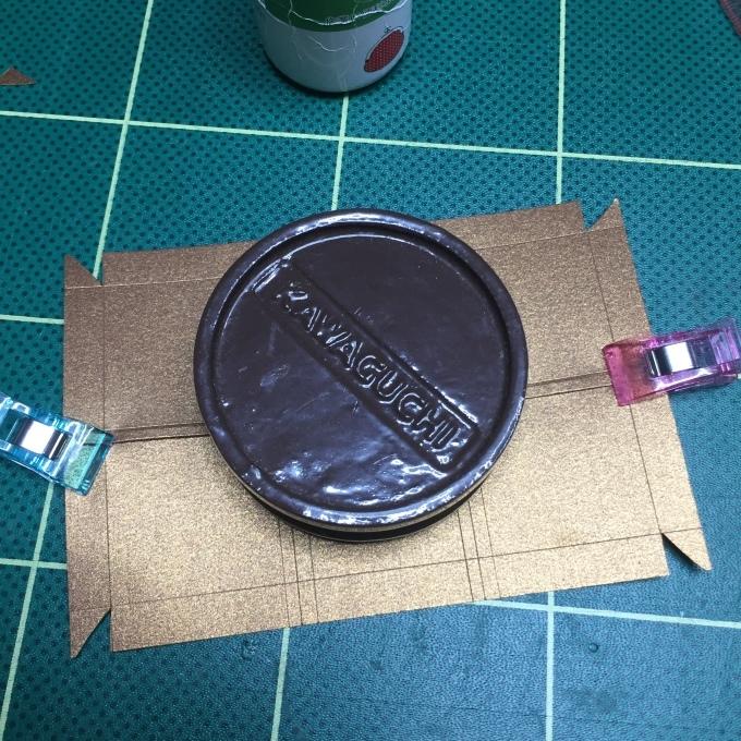 刺繍チョコの紙箱を作ろう🎵_e0385587_05332434.jpeg
