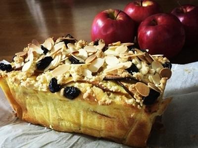 ハーゲンダッツ チェリーカスタードパイと100均パウンド型で林檎の焼き菓子 ガトーインビジブル♪_f0231189_14594946.jpg