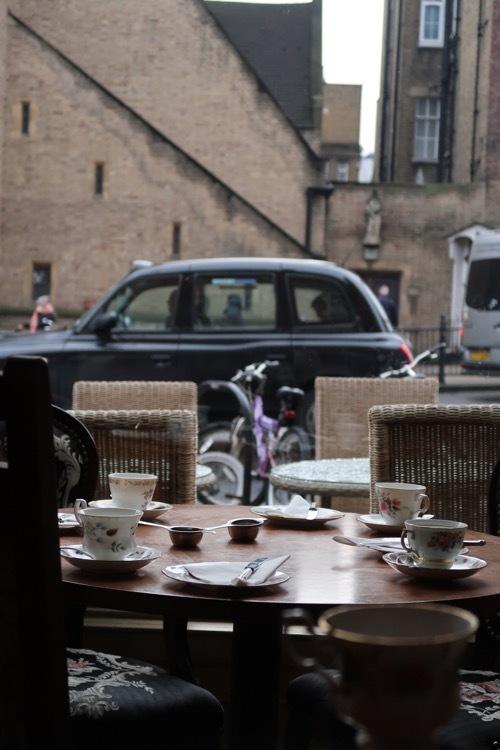 ロンドンの可愛いティールーム カンデラティールーム_f0380234_02360330.jpg