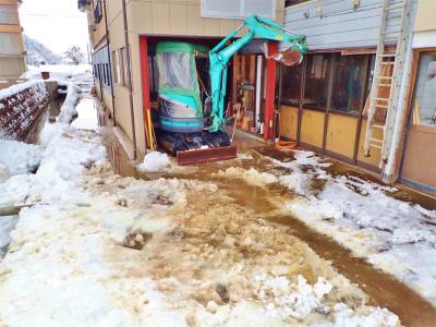 兼業農家の雪降ろしは3回目になりました_c0336902_17454395.jpg