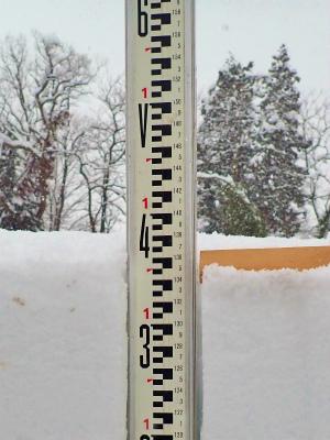 暖冬の積雪深を測ってみました_c0336902_18133646.jpg