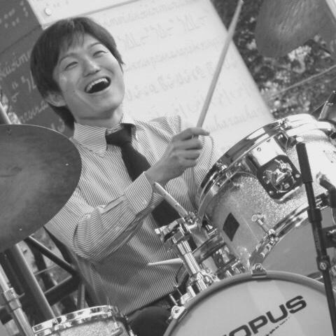 広島でジャズ  ジャズライブ カミン 本日1月28日月曜日のライブ_b0115606_12094190.jpeg