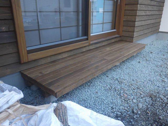 岩泉の家 外構工事が進行中です。_f0105112_04242757.jpg