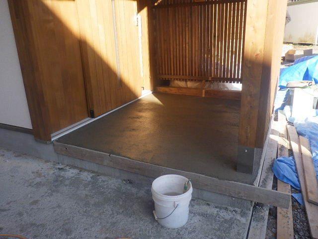 岩泉の家 外構工事が進行中です。_f0105112_04242768.jpg