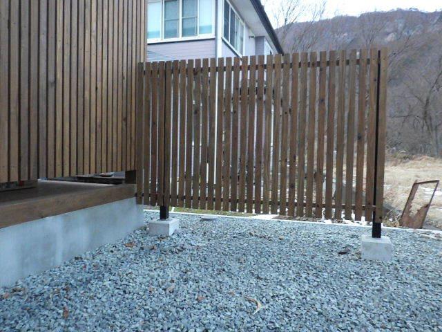 岩泉の家 外構工事が進行中です。_f0105112_04332064.jpg