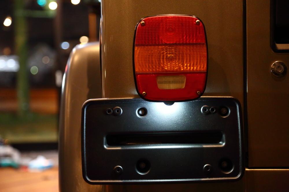 レガシィへバックカメラ取り付けからライトカーキTJ仕上げ作業_f0105425_20013484.jpg