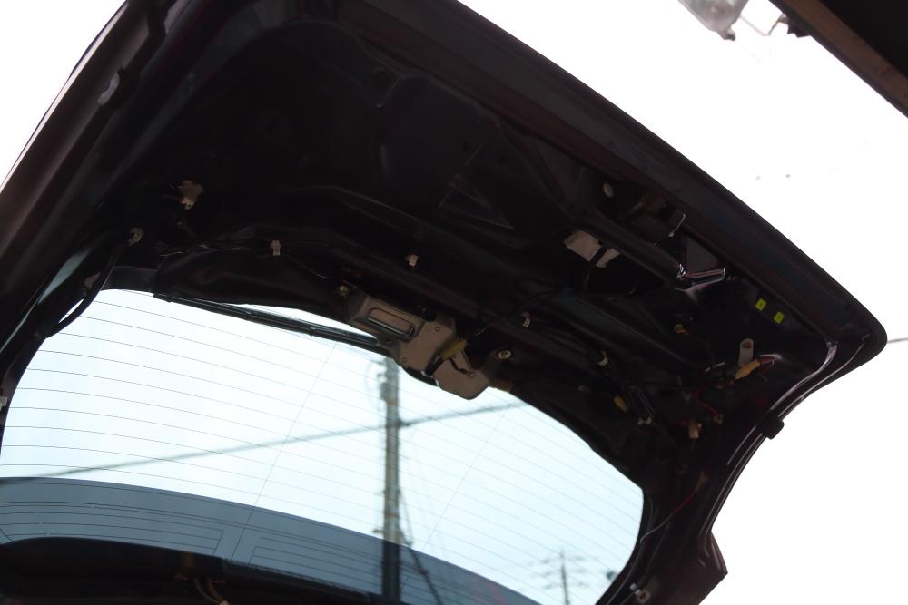 レガシィへバックカメラ取り付けからライトカーキTJ仕上げ作業_f0105425_20121573.jpg