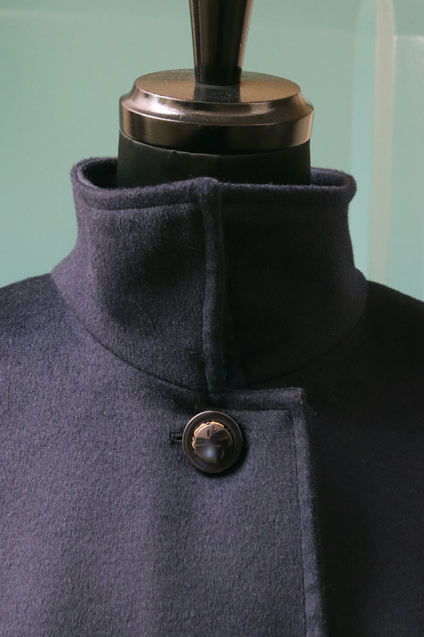 オーダー用 カシミヤ スタンドカラーキモノスリーブAラインコート(ベルト付き) ネイビー (1955)_e0104046_05410705.jpg