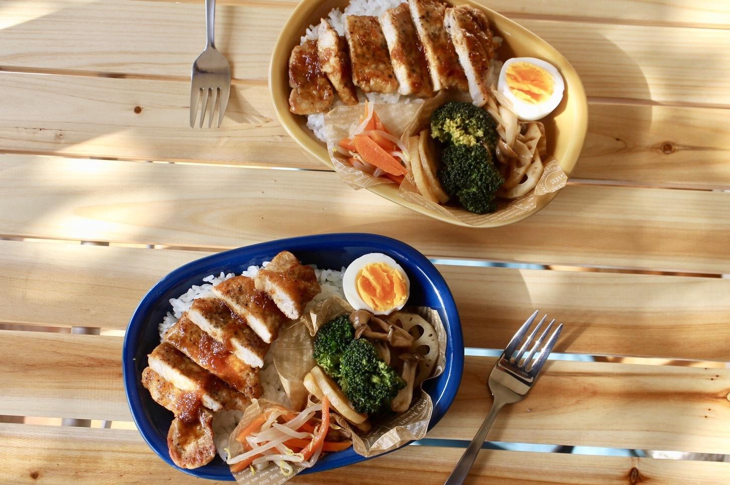 豚ロース肉の味噌 玉ねぎダレ丼弁当_f0220354_17463617.jpeg