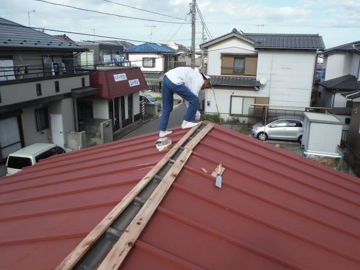 小工事 ~ 屋根補修_d0165368_07223193.jpg