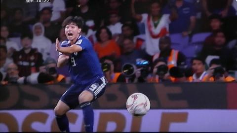 1/28(月) アジアカップ準決勝 イラン戦_a0059812_19555776.jpg
