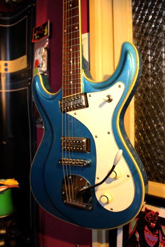 カスタムギター。_a0139912_17592724.jpg