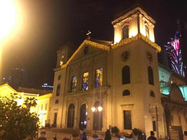 マカオの夜_f0032130_22194991.jpeg