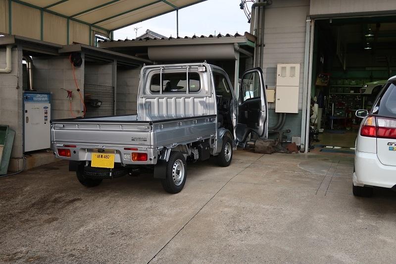 SUBARU 60周年特別記念車の価格特性_f0076731_12012630.jpg