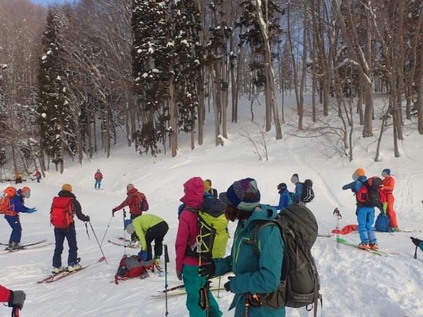 山スキーシーズン開幕_b0133032_23373036.jpg