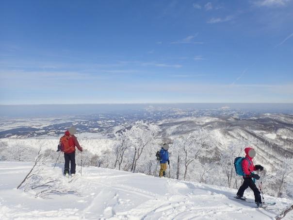 山スキーシーズン開幕_b0133032_23374392.jpg