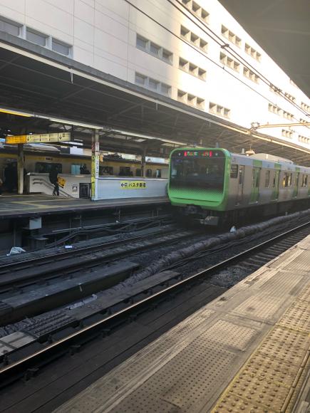 新宿駅_f0290135_05190426.jpg