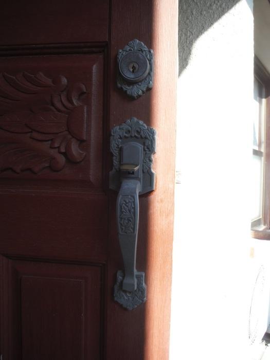 小工事 ~ 玄関ドア錠の取替_d0165368_07325932.jpg