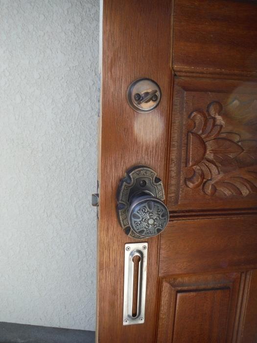小工事 ~ 玄関ドア錠の取替_d0165368_07331148.jpg