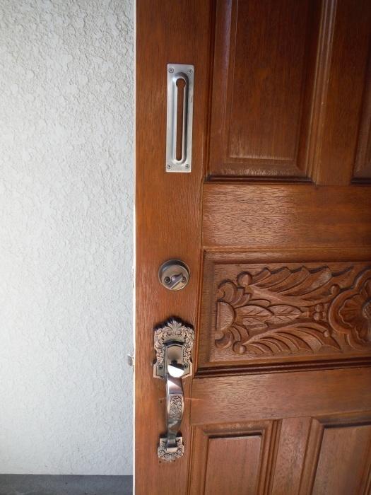 小工事 ~ 玄関ドア錠の取替_d0165368_07343877.jpg