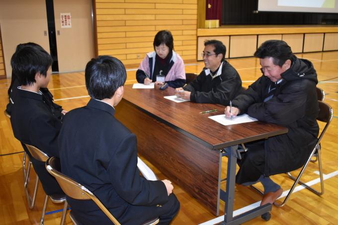中学生との意見交換会を行いました_c0238069_11405642.jpg