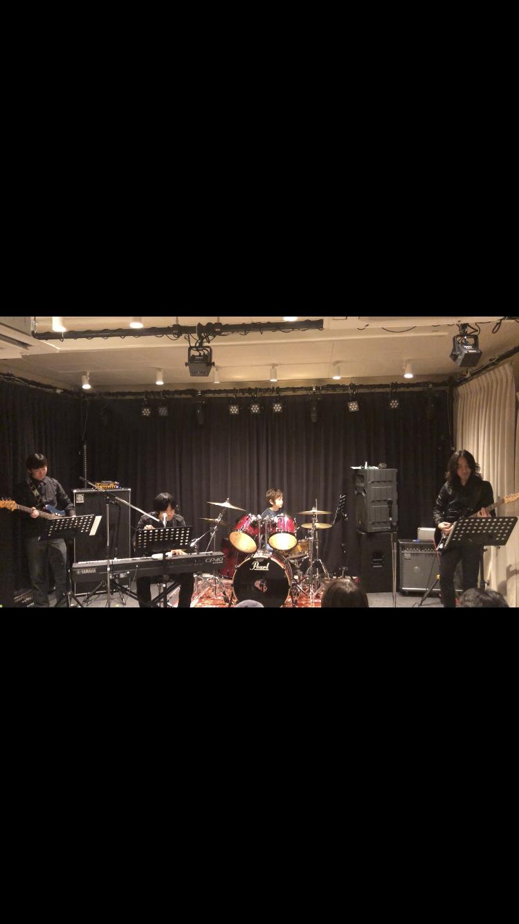 息子のドラムの発表会_e0309971_22313990.jpg
