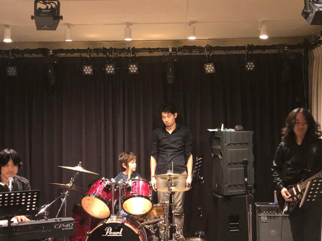 息子のドラムの発表会_e0309971_22320328.jpg