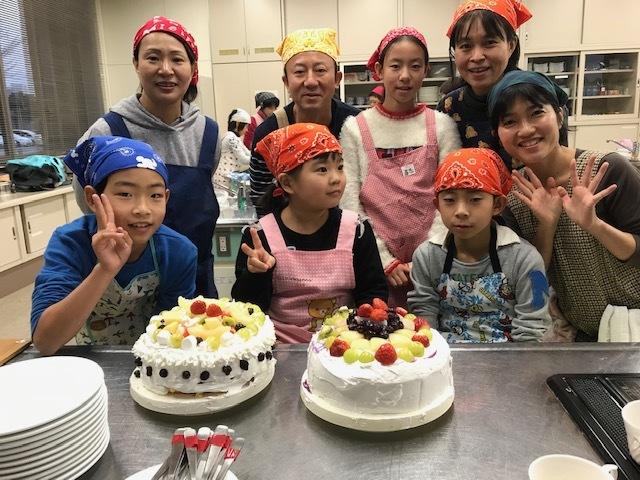 12月23日クリスマスケーキ作り_b0114789_19494423.jpeg