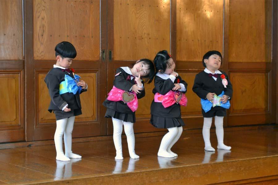 上宮第一幼稚園「お誕生会」_d0353789_14572960.jpg