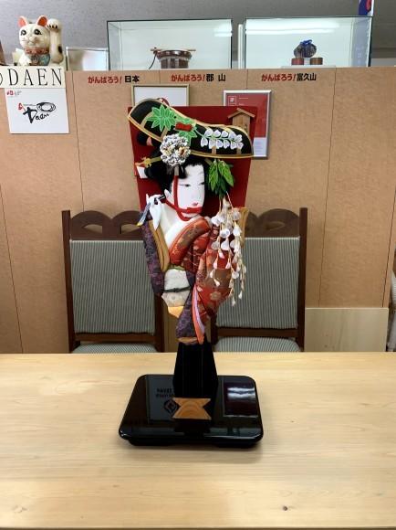 レクサス郡山店さんのマガジンラック・羽子板飾り台を製作させていただきました!!_d0250833_08582954.jpg