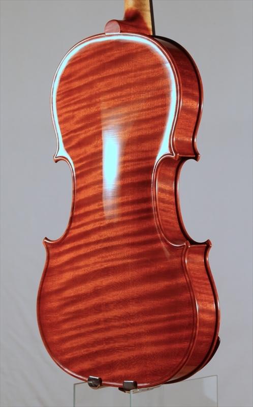 2015年 ヴァイオリン ストラド1705モデル トリエンナーレ参加作品_a0197551_14363564.jpg