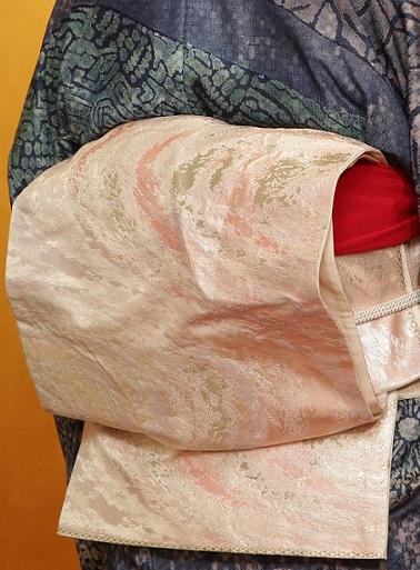 10周年・お母様の刺繍の帯揚げ・野口小紋・営業時間_f0181251_17131352.jpg