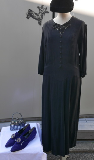 Antique dress_f0144612_11322475.jpg