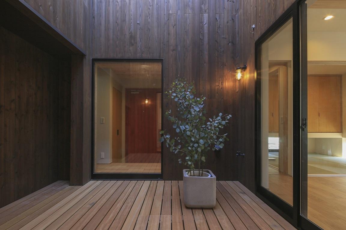 杉板の家 _e0028417_22221882.jpg