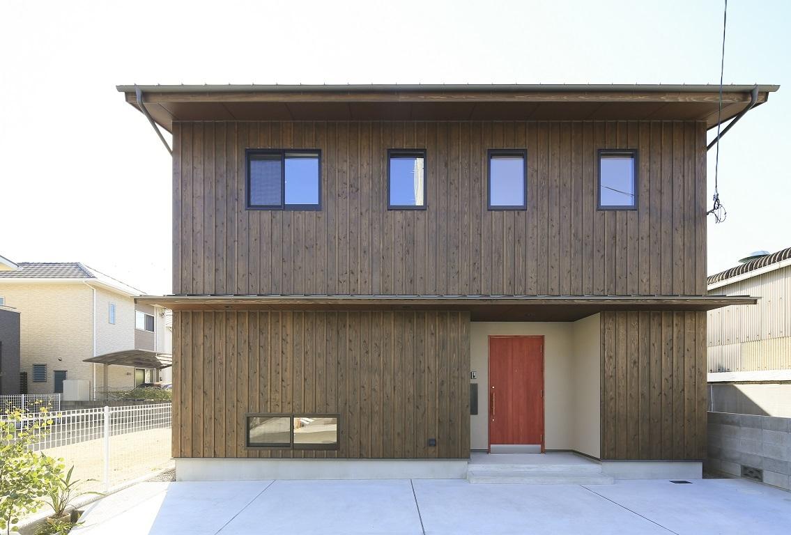杉板の家 _e0028417_22250002.jpg