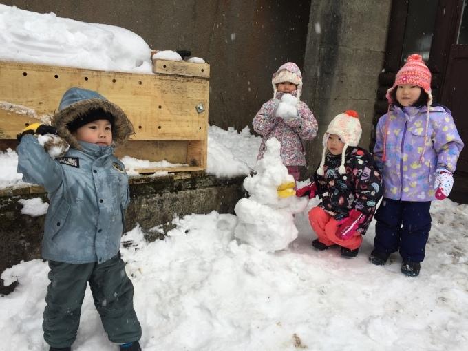 4.5歳児 〜雪遊び〜_b0117125_17052181.jpeg