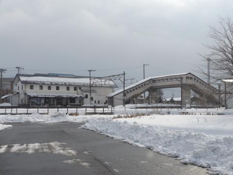 塩川駅の自由通路~皆さんのご意見を!_b0092858_13510889.jpg