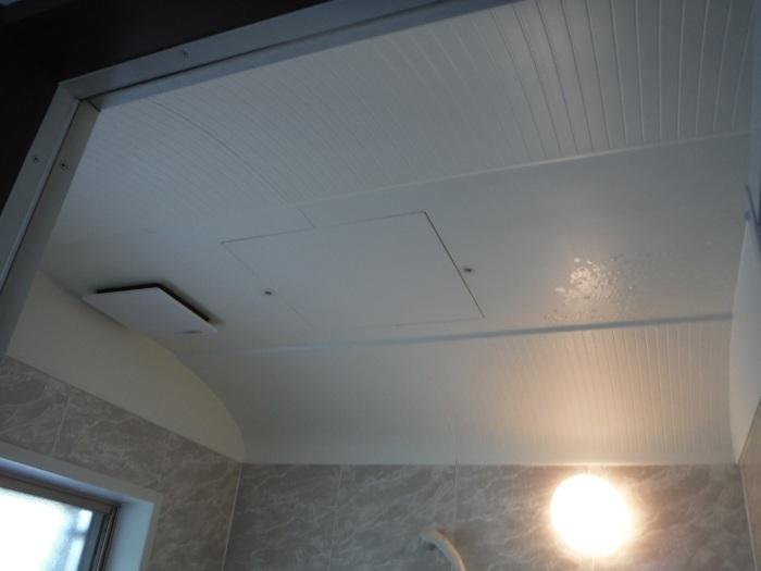 小工事 ~浴室の換気扇を暖房機へ取替え取付_d0165368_05062068.jpg