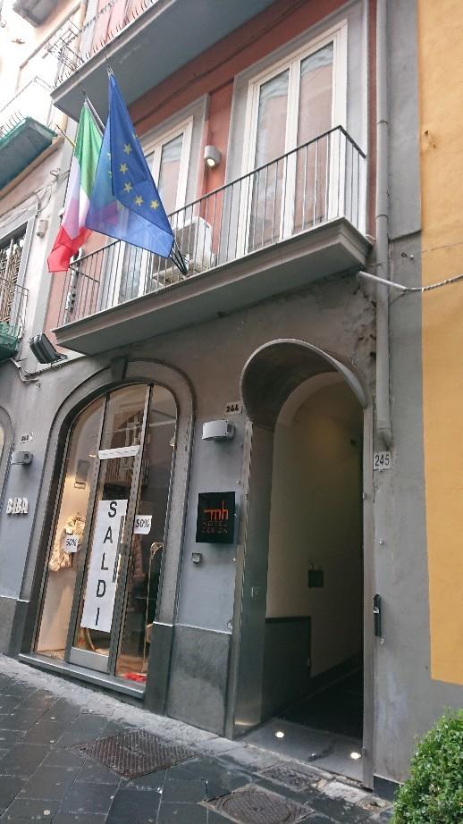 南イタリア旅行2019 ① ローマからナポリへ_e0212073_12284480.jpg