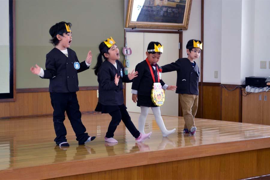 上宮第二幼稚園「お誕生会」_d0353789_14171943.jpg