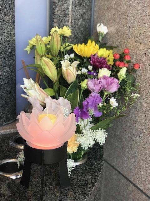 ☆合同供養祭開催のお知らせと蓮の花の灯篭☆_b0263390_14081886.jpg